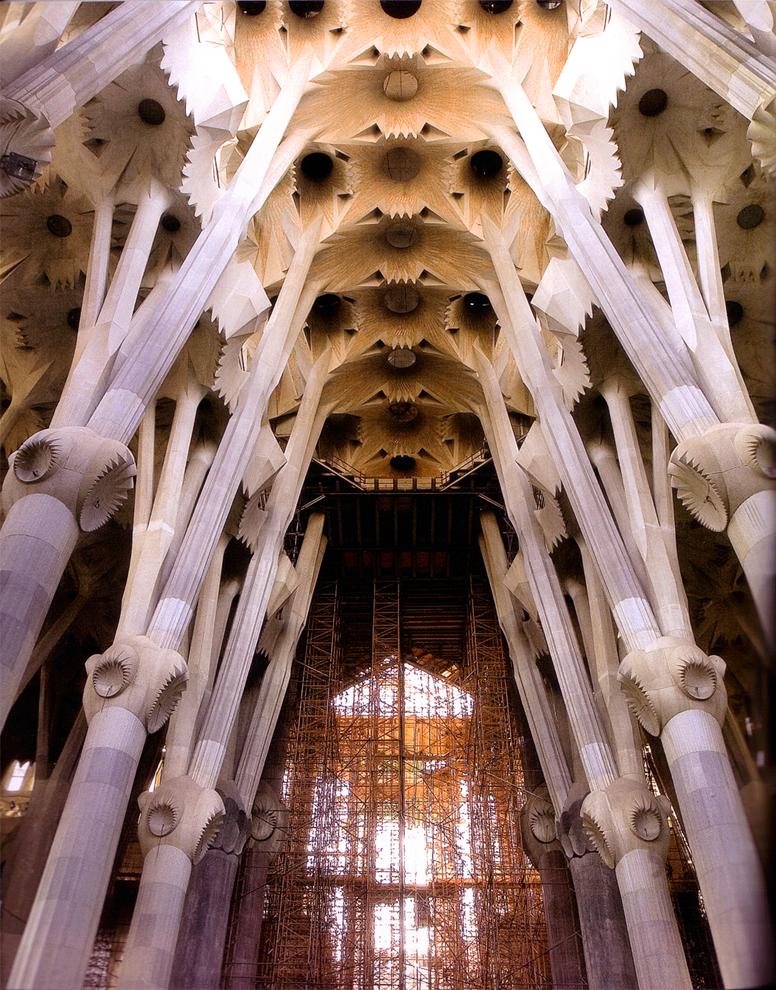 安东尼奥·高迪Antonio Gaudi Cornet(西班牙1852-1926)建筑作品集1 - 刘懿工作室 - 刘懿工作室 YI LIU STUDIO